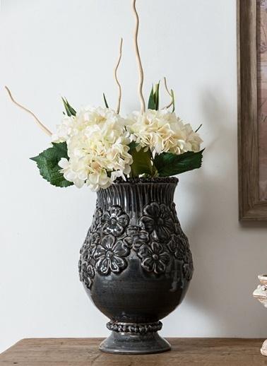 Warm Design Çiçekler Motifli Vazo Siyah